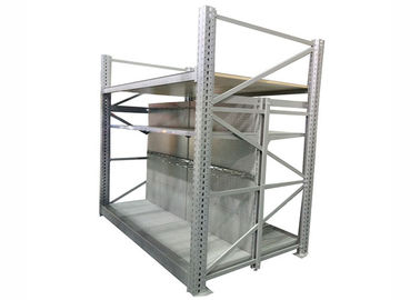 Heavy Duty Supermarket Display Shelving , Anti Rust Metal Racks For Display